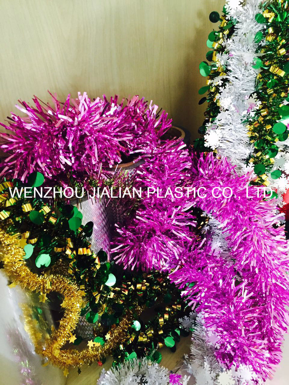 Rigid Metalized PVC Film/Sheet of Both Sides Purple Color for Garland Decorations