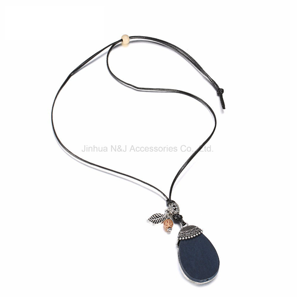 Fashion Geometric Statement Pendent & Necklace Women Wood Beads Wax Rope Zinc Alloy Gold Plated Necklaces Jewelry