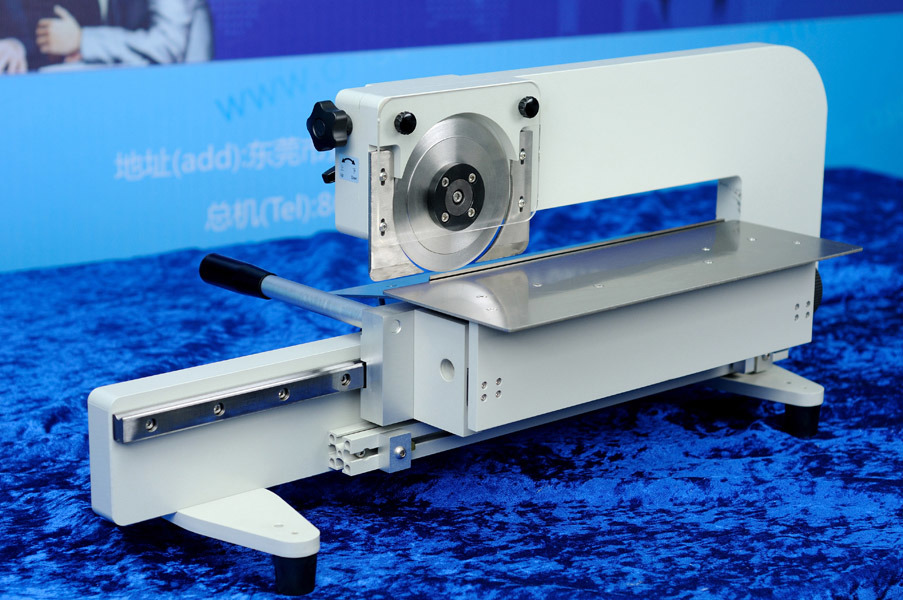 Dry Magnetic Separator PCB Cutter PCB Separator Machine CNC Router