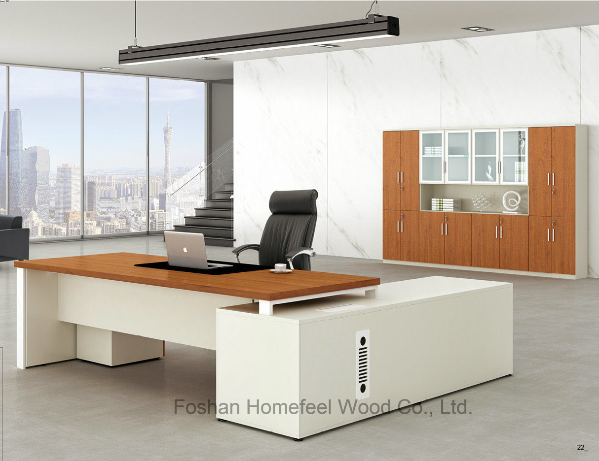 Modern office desks cool desk designs office modern for Best executive office design