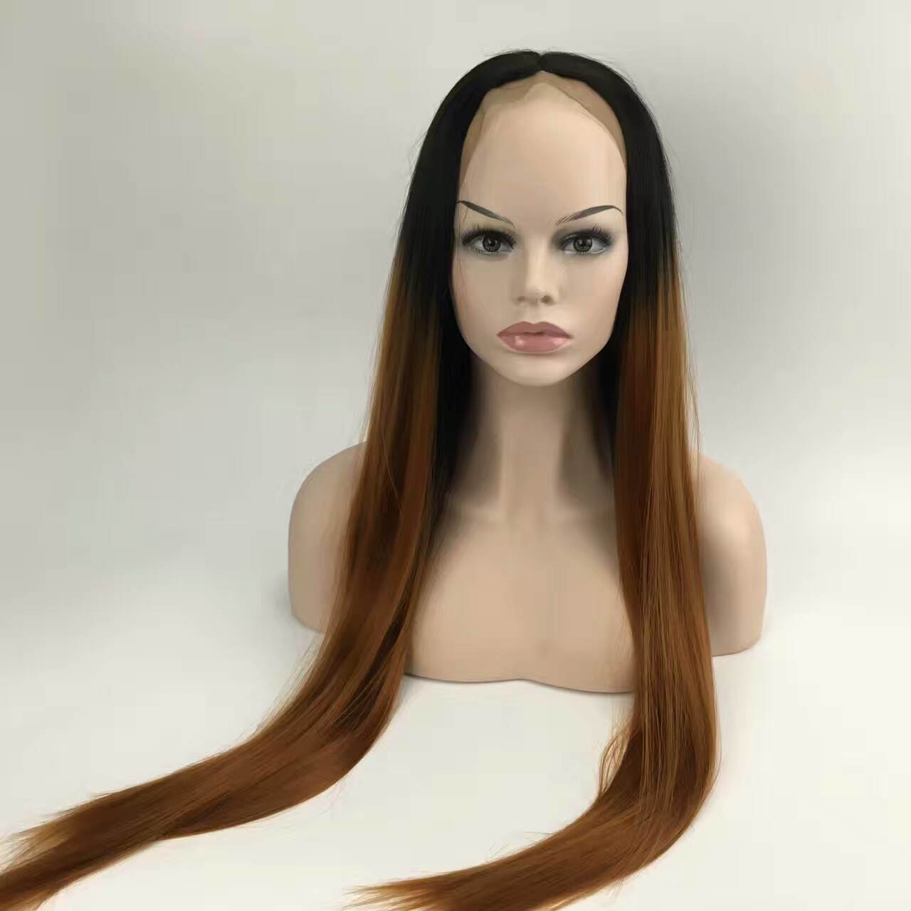 Ombre Two Tone Synthetic Grey Hair Wigs Natural Cheap Long Straight Heat Resistant Wigs for Black Women Gray Womens Wigs