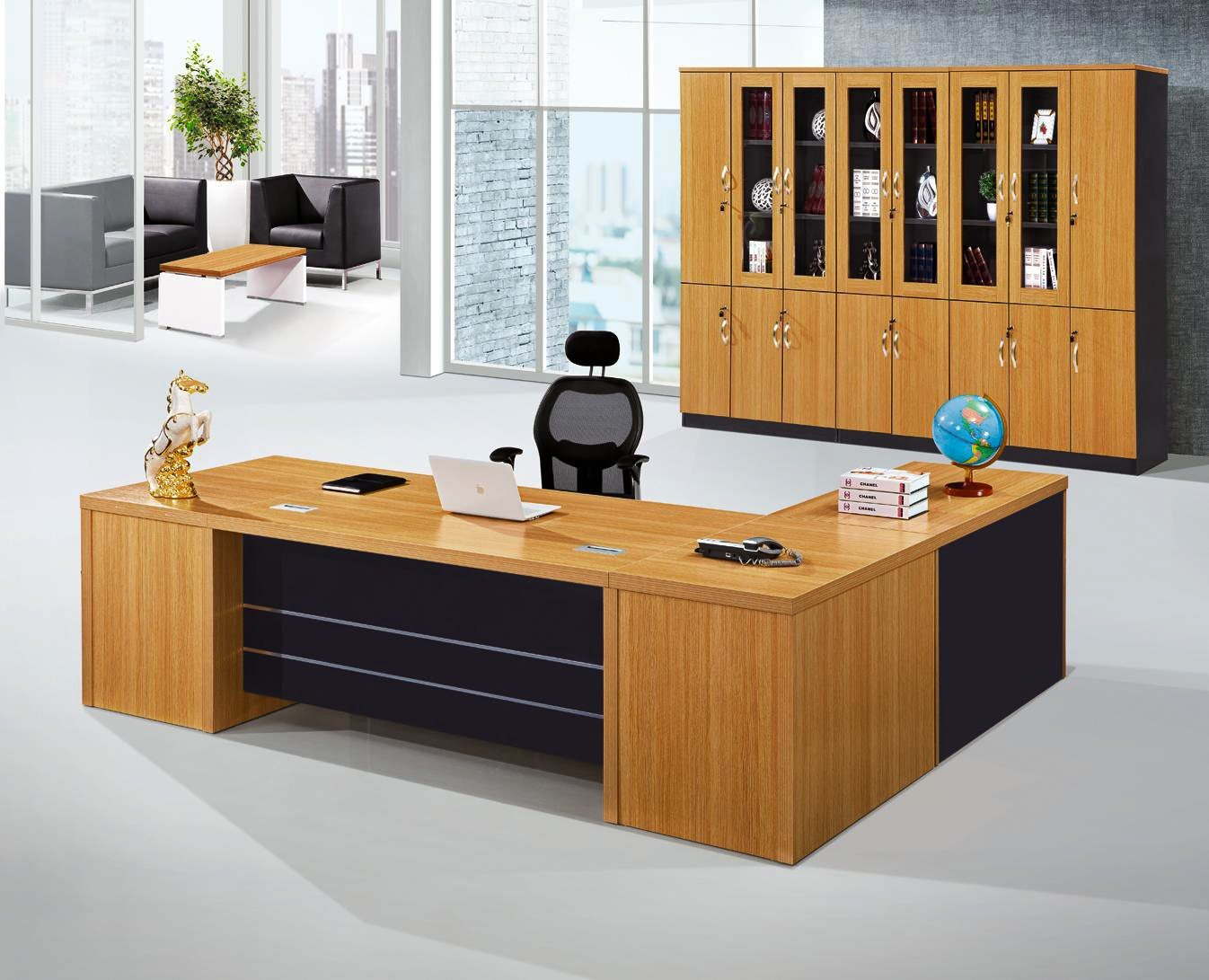 China Modern Office Furniture MFC Wooden MDF Office Table (NS-NW052)