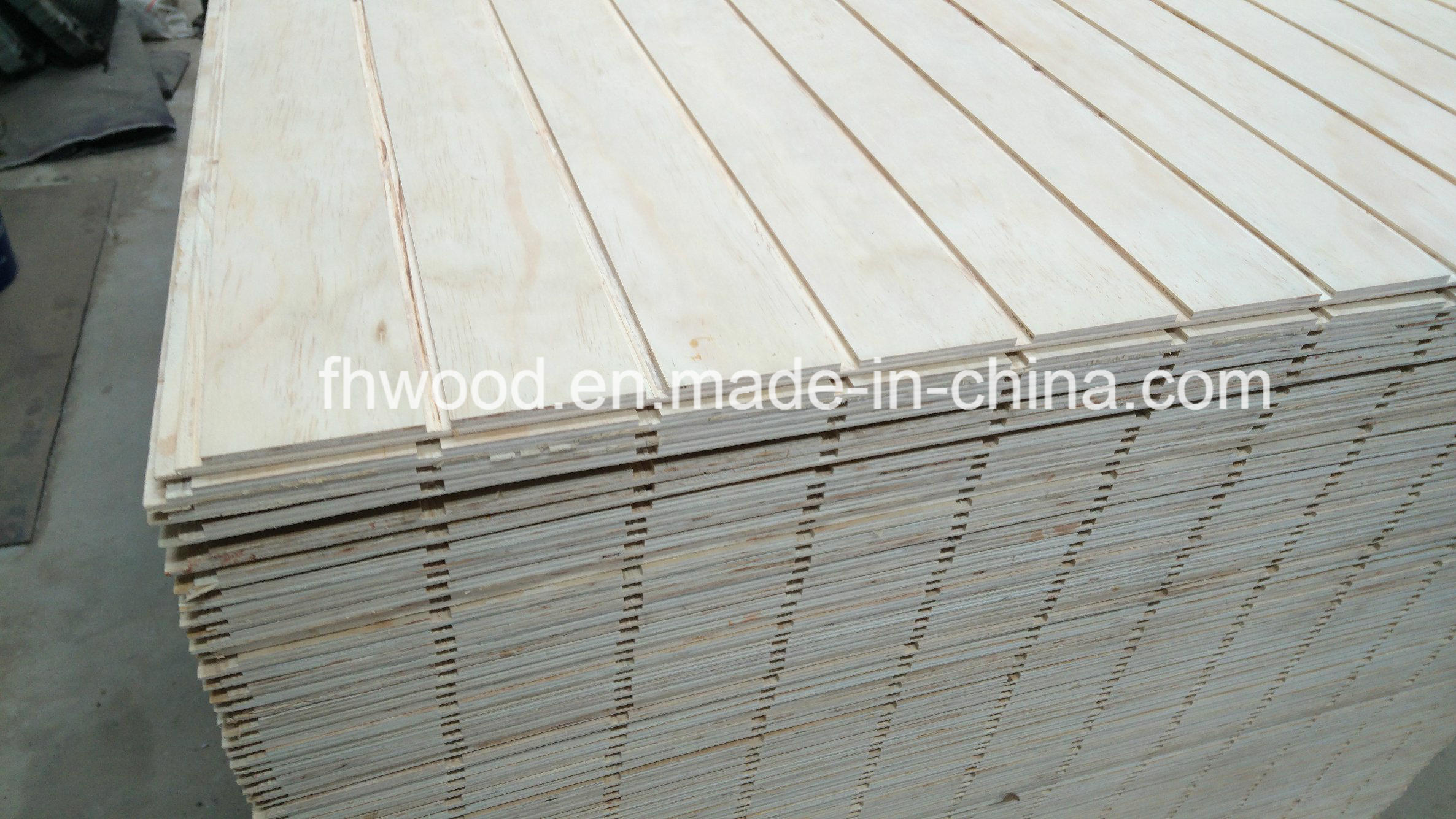 Decorative Pine Plywood with Grooves