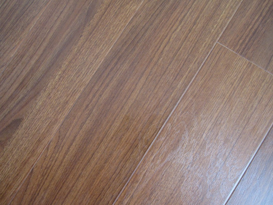 China 12mm real texture surface v groove laminate flooring for Laminate tiles