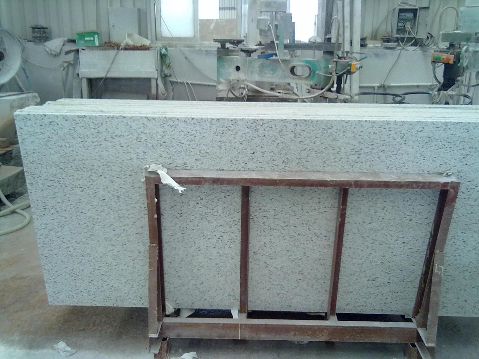 Rockwell White Granite : Gardenia rockwell branco importou a laje do granito