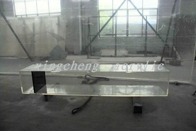 China acrylic rectangular fish tank photos pictures for Rectangle fish tank