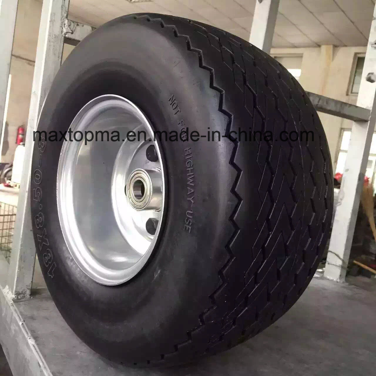 China Maxtop Quality Flat Free PU Foam Wheel