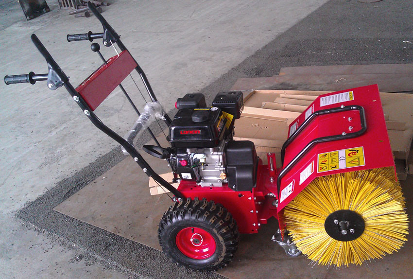 Sweeping Machine for Artificial Turf