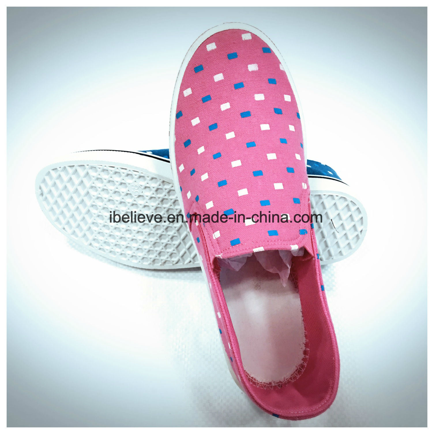 Pink Color Flat Shoes with Fabric Upper and PVC Outsole