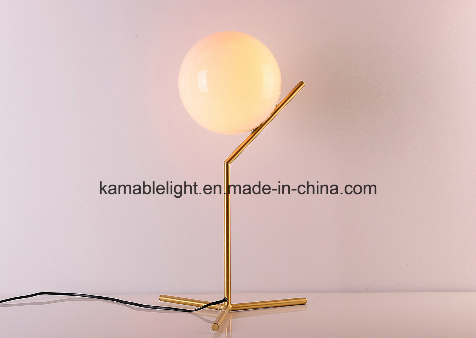 Newest Modern Design Ball Desk Lamp (KAMT8108-1B-200)