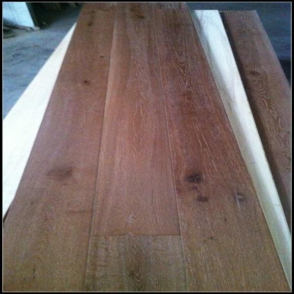 Wide Plank White Washed Engineered Oak Wood Floor/Hardwood Flooring