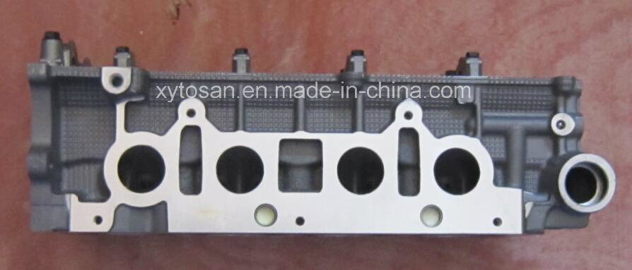 Cylinder Head for Toyota Camry 2az OEM11101-28012 Engine Head