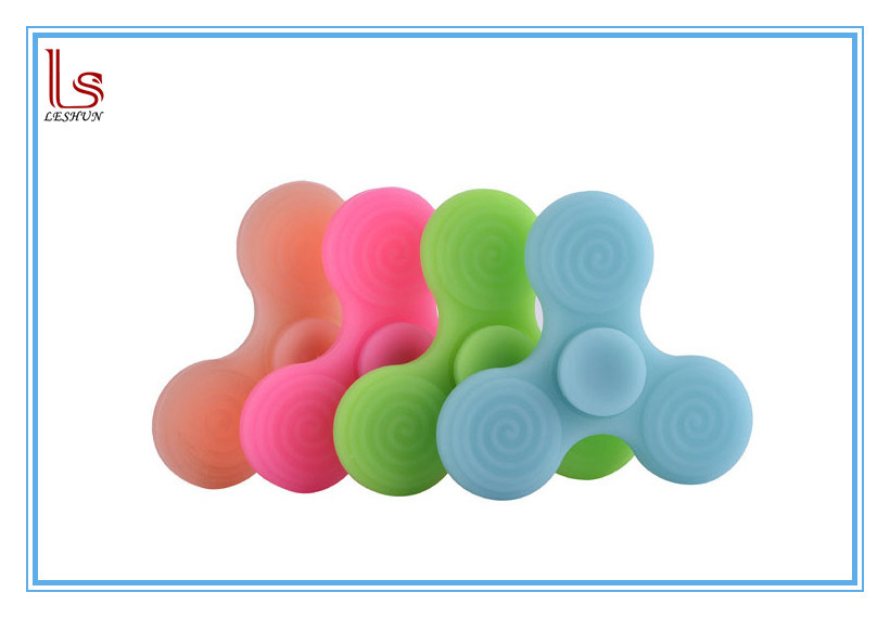 2017 Best Seller Silicone Fidget Toys Desk Hand Spinner Toy