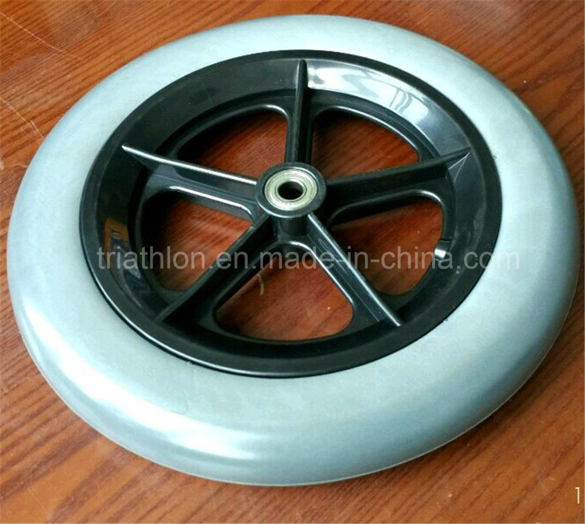 "8"" 9"" 10"" 12"" 14"" 16"" 18"" 20"" 22"" 24"" 26"" Plastic Spoked Wheel with Flat Free Foam Tire"