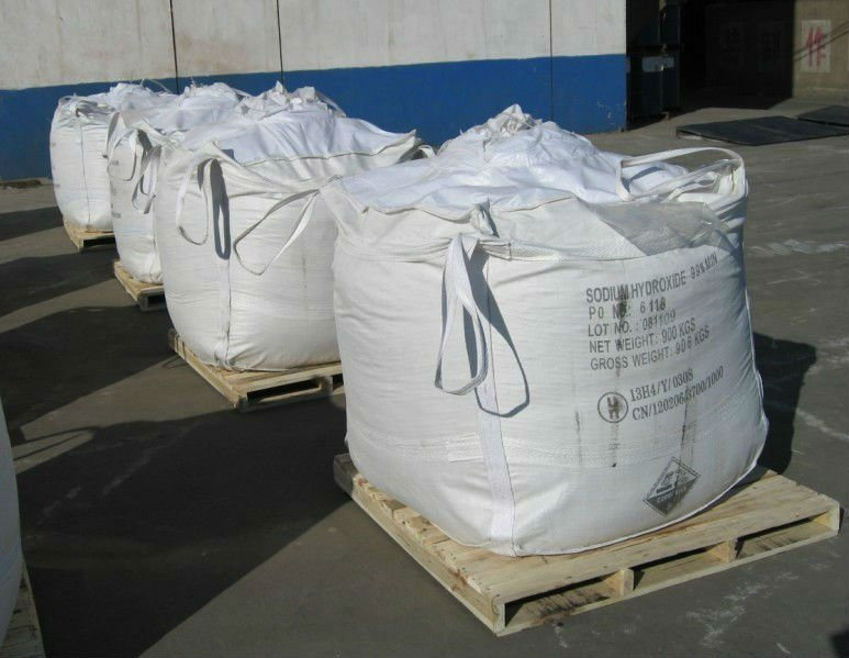 99% Caustic Soda /Naoh with Factory Price for Industrial Grade