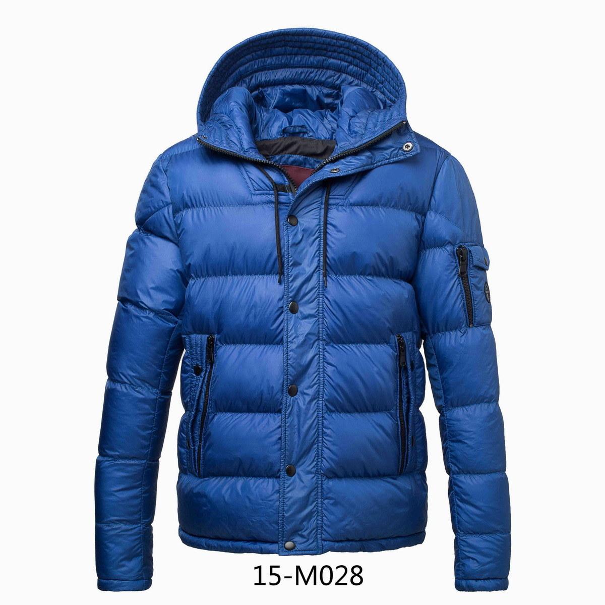 Men′s Winter Padding Hooded Jacket (15-M028)