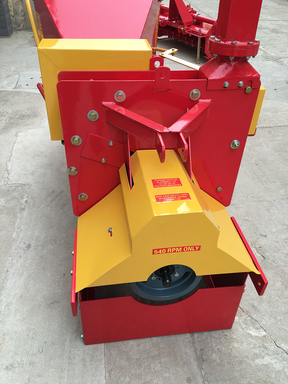 The Wood Chipper Shredder with Tractor Pto Shaft