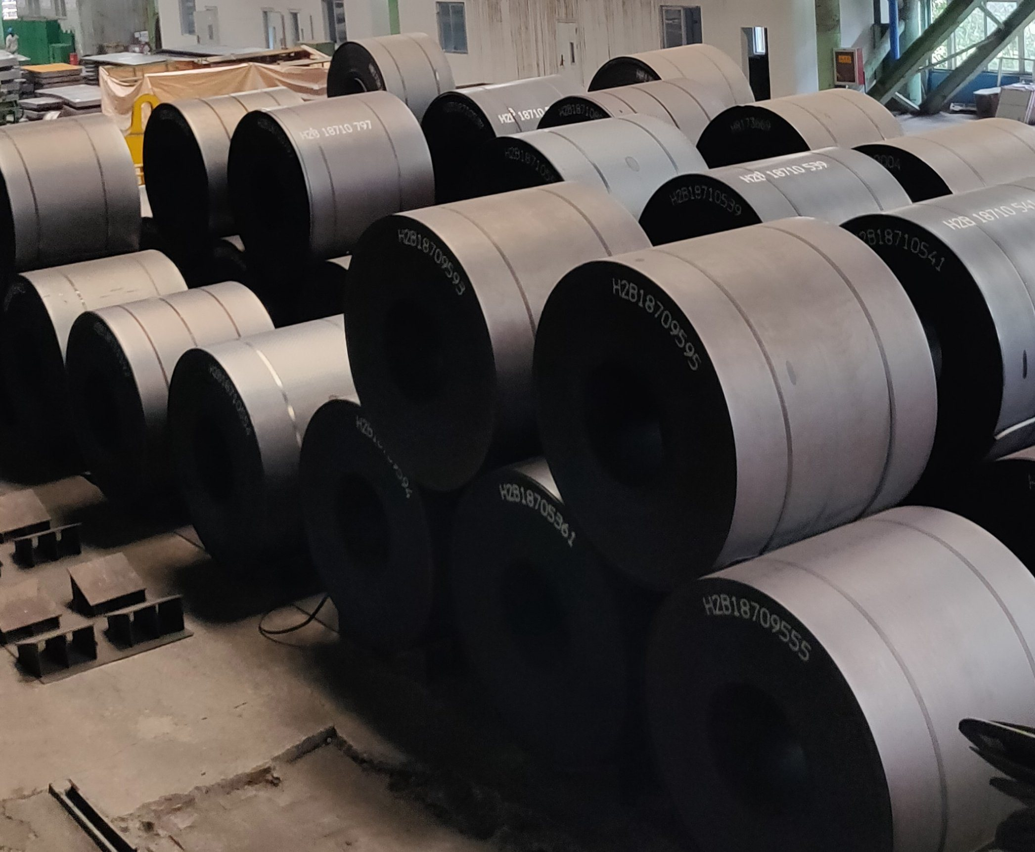 Factoty Price Q195, Q235, ASTM, JIS Ss400, En S235jr Hot Rolled Steel Coil pictures & photos