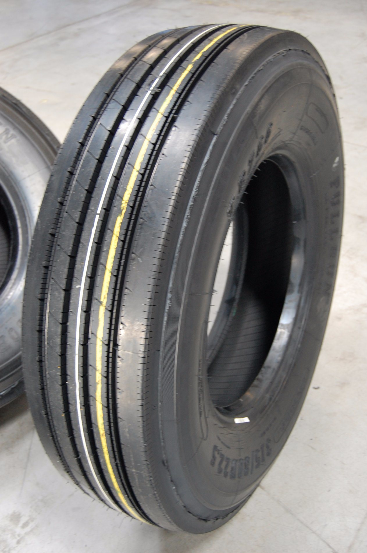 All Use TBR Truck Tyres