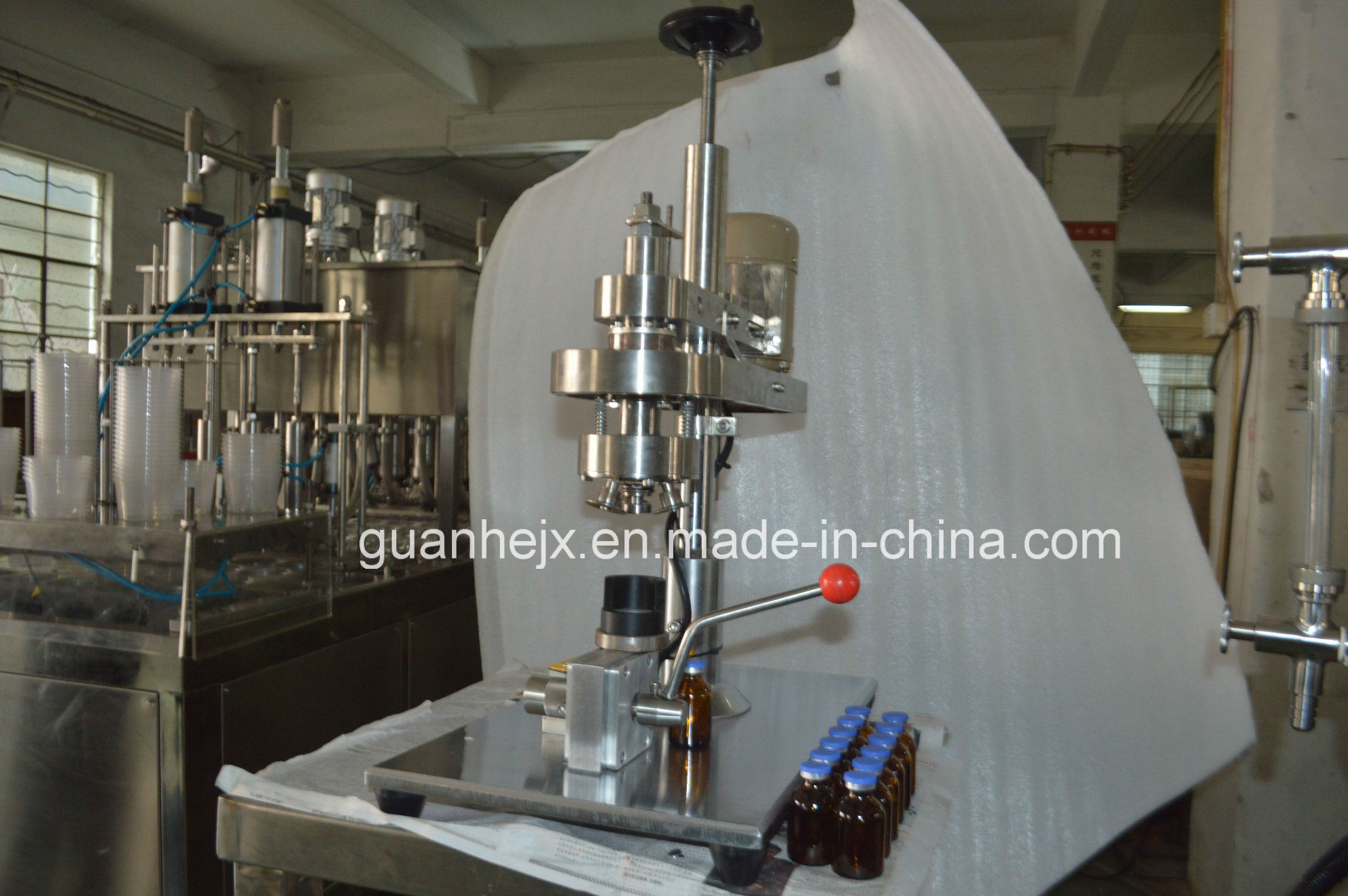 Semi-Auto Liquid Syrup Filling Machine with Electrically-Driven Filling