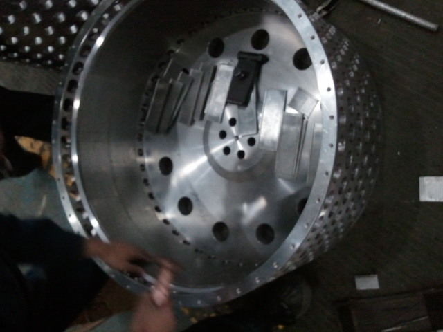 Two-Stage Pusher Centrifuge