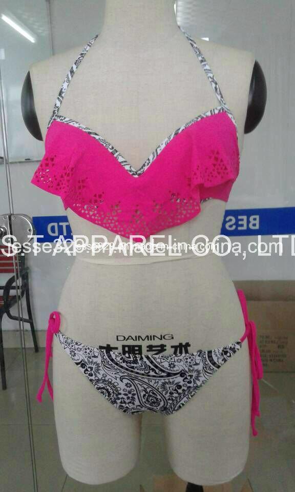 Sexy Two-Piece Bikini Swimwear (QG-6102W)