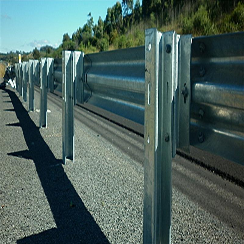 Road Guard Steel Rails and Accessories for Way Safety