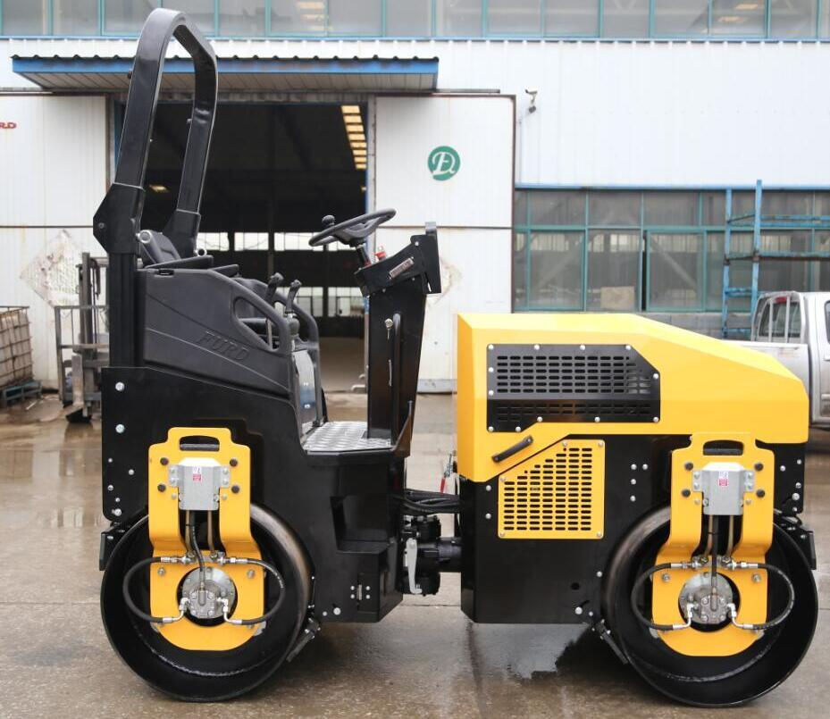 3 Ton Full Hydraulic Vibration Double Drum Road Roller Compactor (FYL-1200)