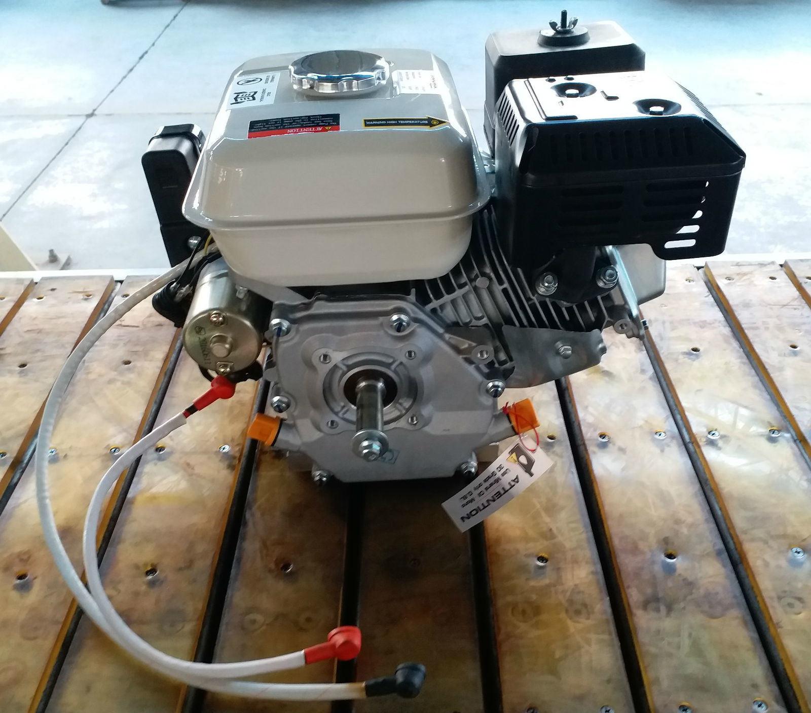 196cc/6.5HP 1/2 Reduction Gasoline Engine (Output shaft - 3/4 inch (19.05mm) 3/16 keyway)