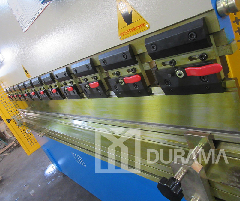 Hydraulic Folding Machine with Delem Da41 CNC Two Axis