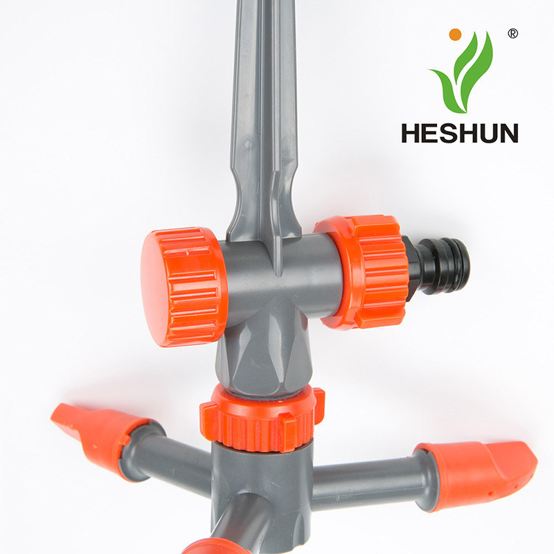 Plastic Garden Irrigation 3 Arms Sprinkler