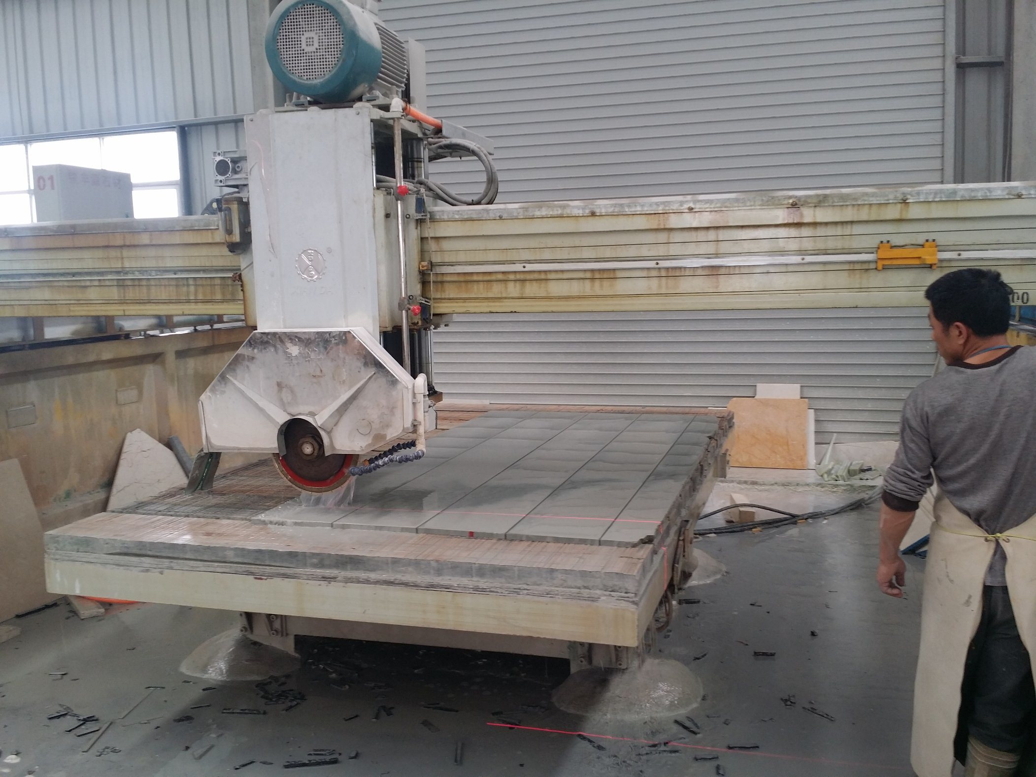 Zdqj-700 Automatic Stone Cutting Machine Bridge Saw