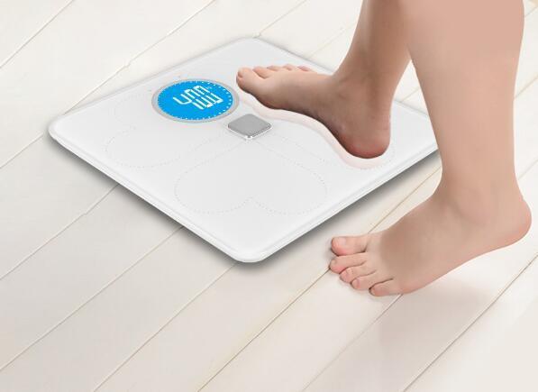 Large Glass Platform Super LCD Display Bluetooth Digital Body Fat Scale