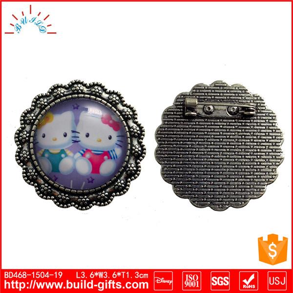 Crochet Metal Brooch Accessories Manufacturer Production