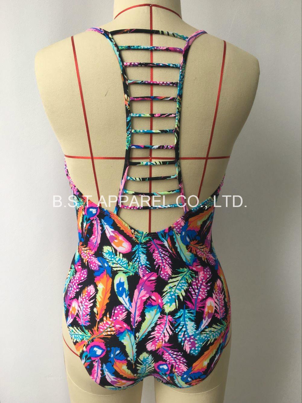 Sexy One-Piece Strapped Swimwear (OP-5015W)