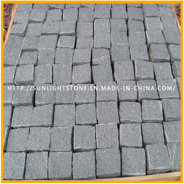Grey/Black/Yellow/Red Granite Cubic Stone, Cubestone, Paving Stone, Cobblestone with Natural Surface