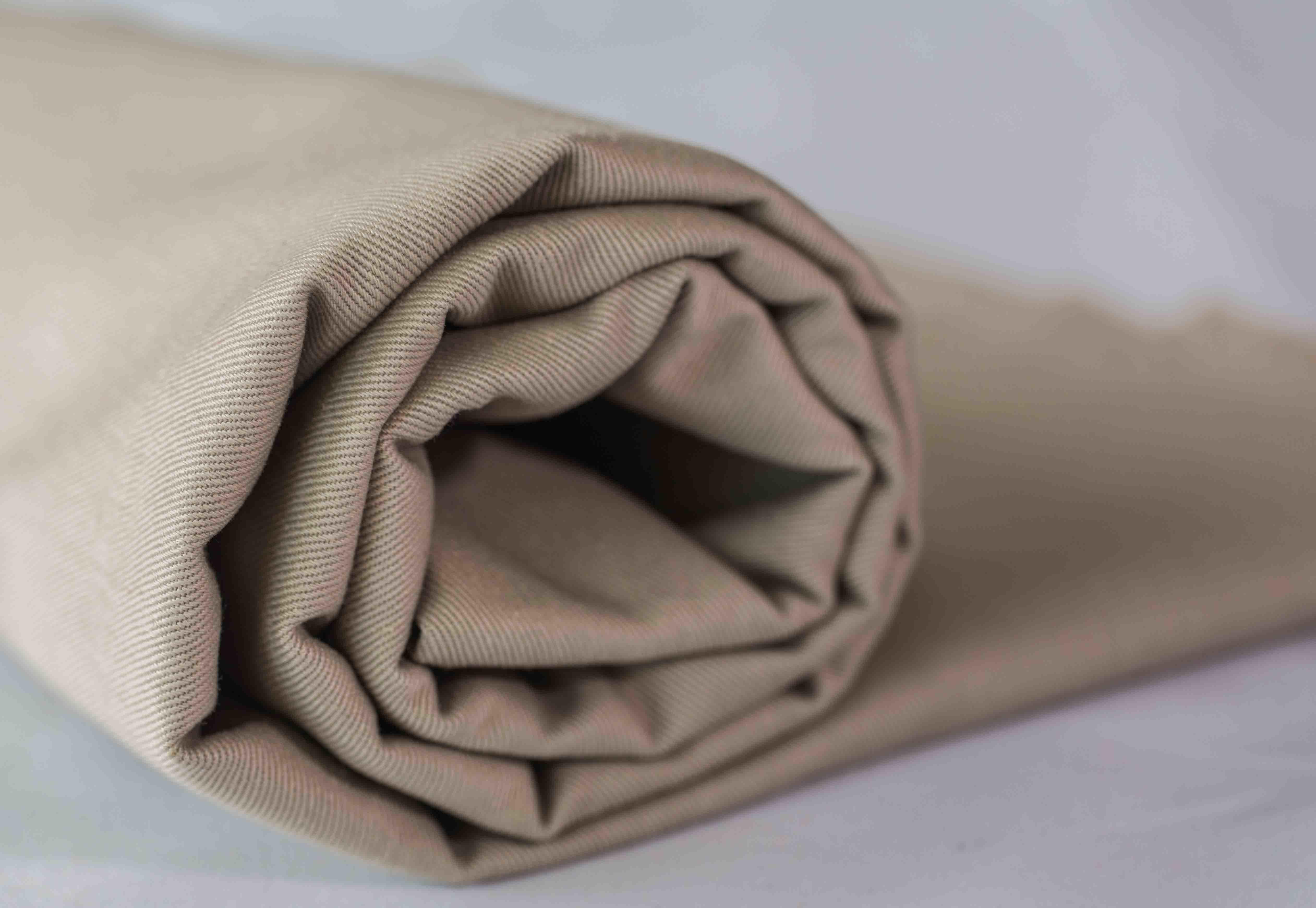 Cotton Polyester Uniform Shirt Garment Dyed White Twill Plain Fabric