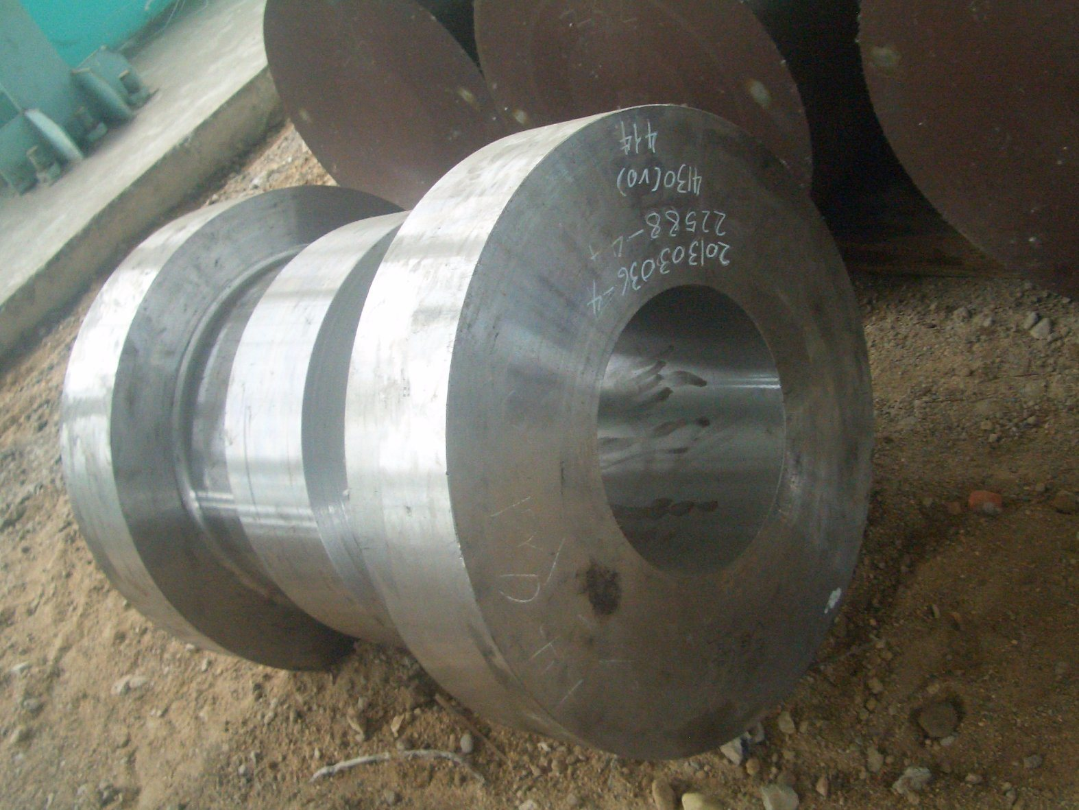 Tubing Head Forged with Thermal Treatment