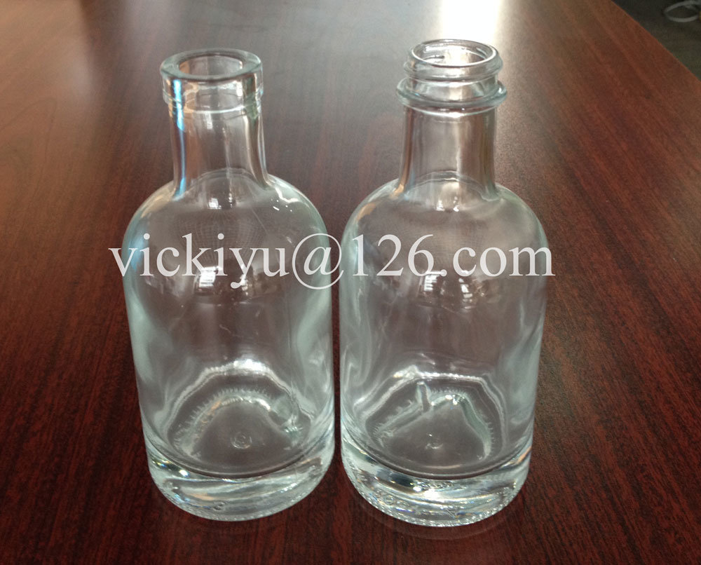 100ml High White Glass Bottle with Thick Bottom and Screw Top for Liquor