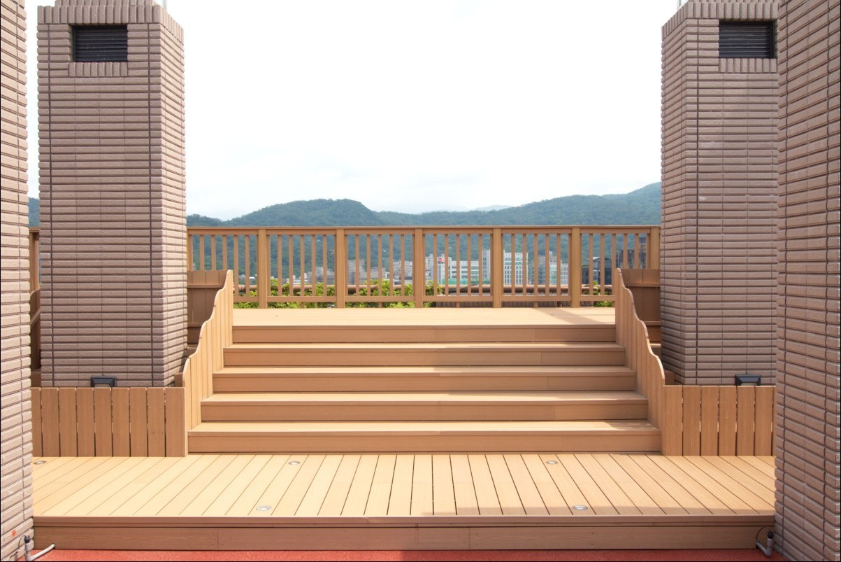 China outdoor flooring wood plastic composite floor wpc for Wpc decking