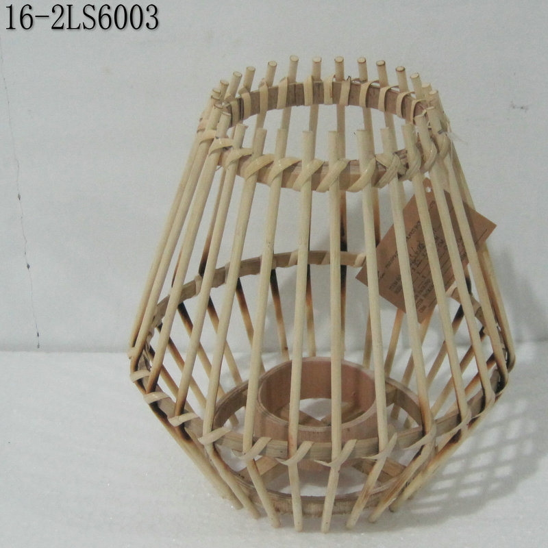 Three Colors of Fashion Bamboo Lanterns with Handle