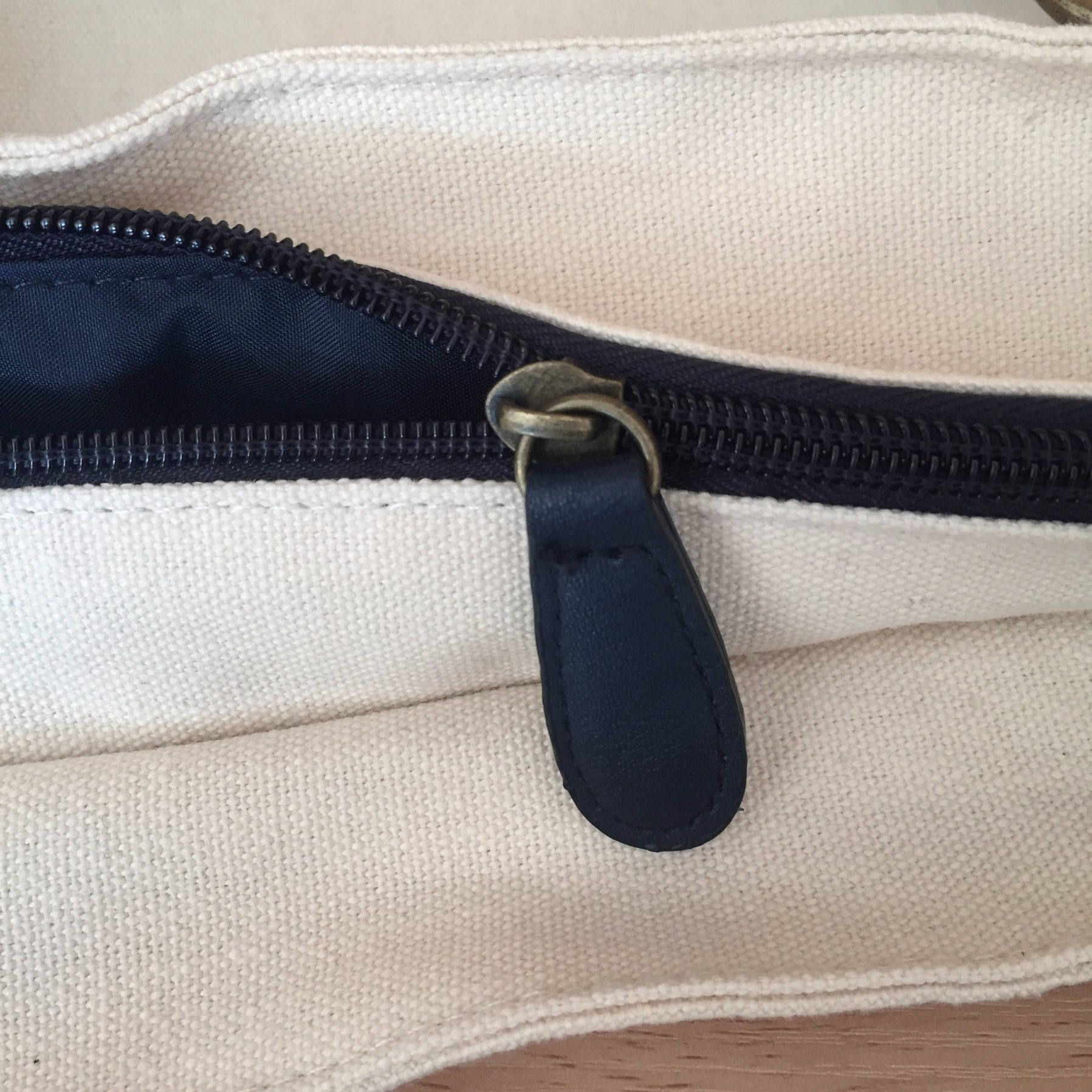 High Quality Canvas Cotton Carrier Bag with Leather Bottom