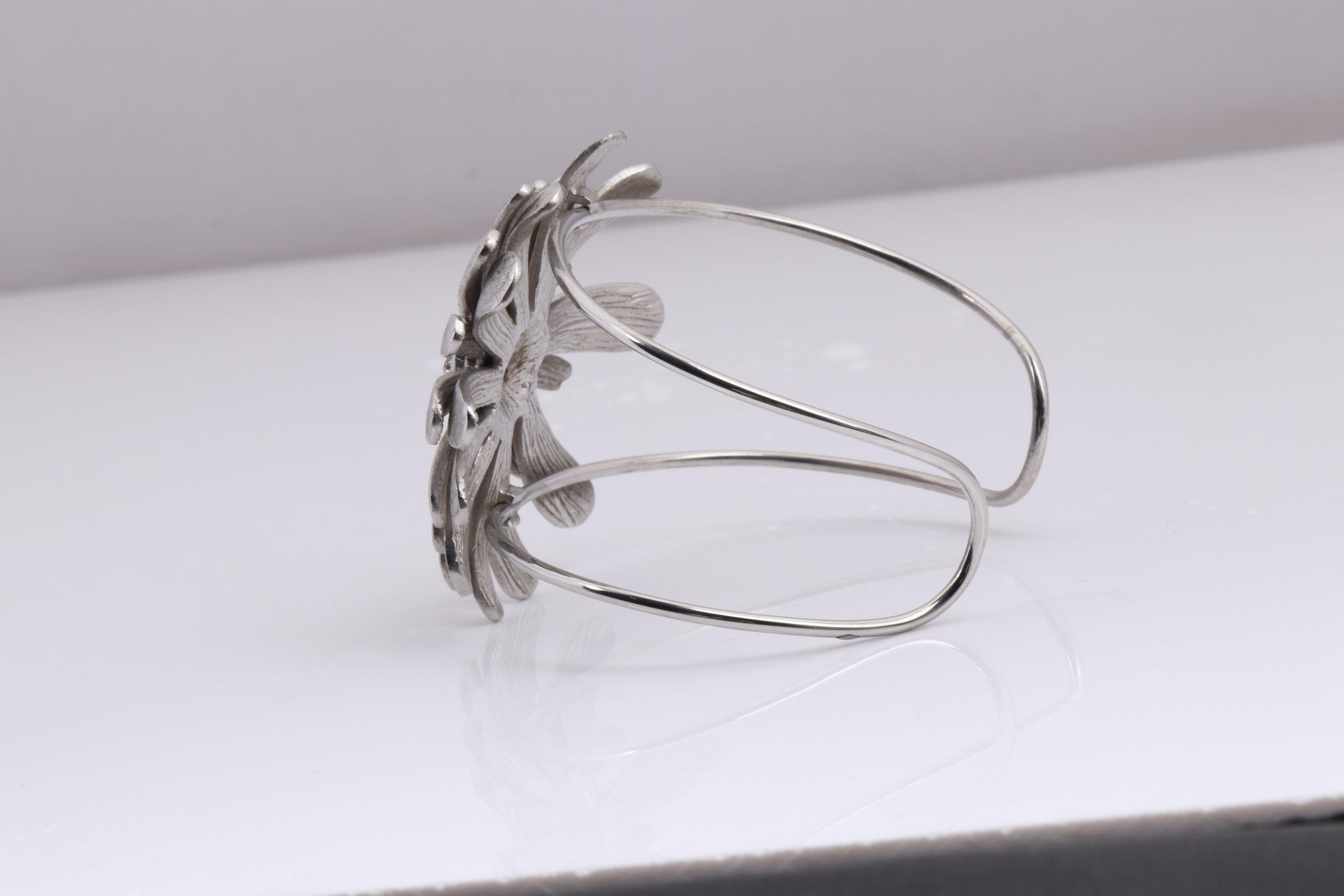 Stainless Steel Flower Bangle Jewelry Bracelet Wholesale for Women