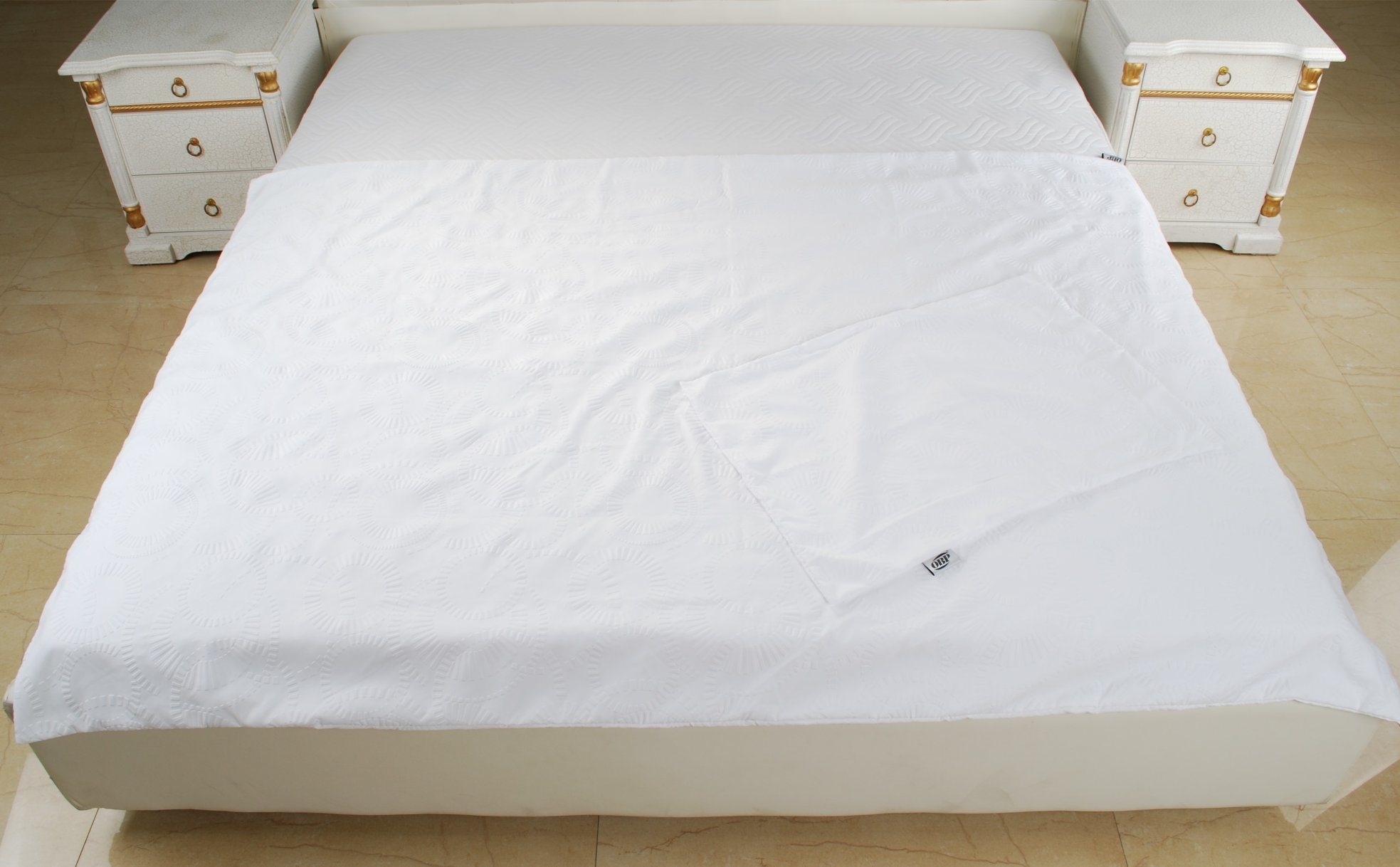 New Super Clear Relievo 2PCS Bedding Set Made in China