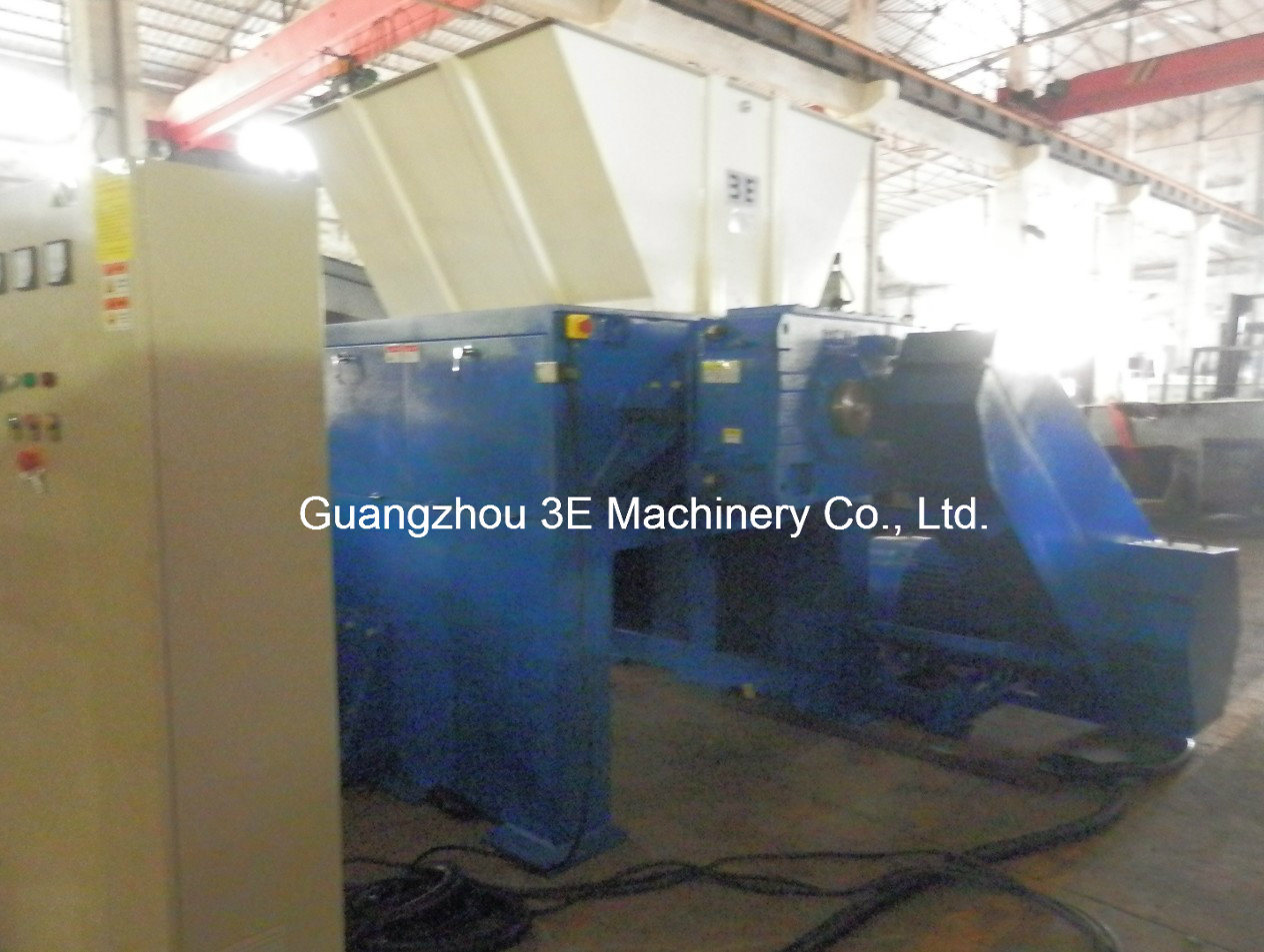 Film Shredder/Plastic Crusher/Paper Shredder of Recycling Machine/ Swtf48150