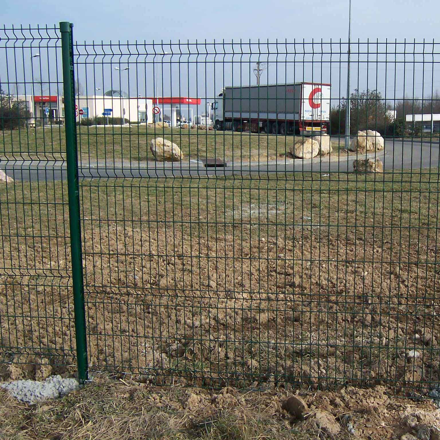 China wire mesh fencing wf