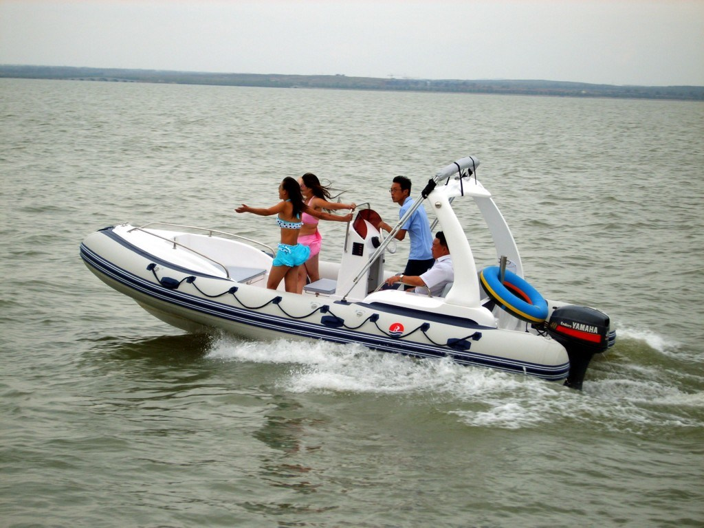 Inflatable fishing boats car interior design for Inflatable fishing boats