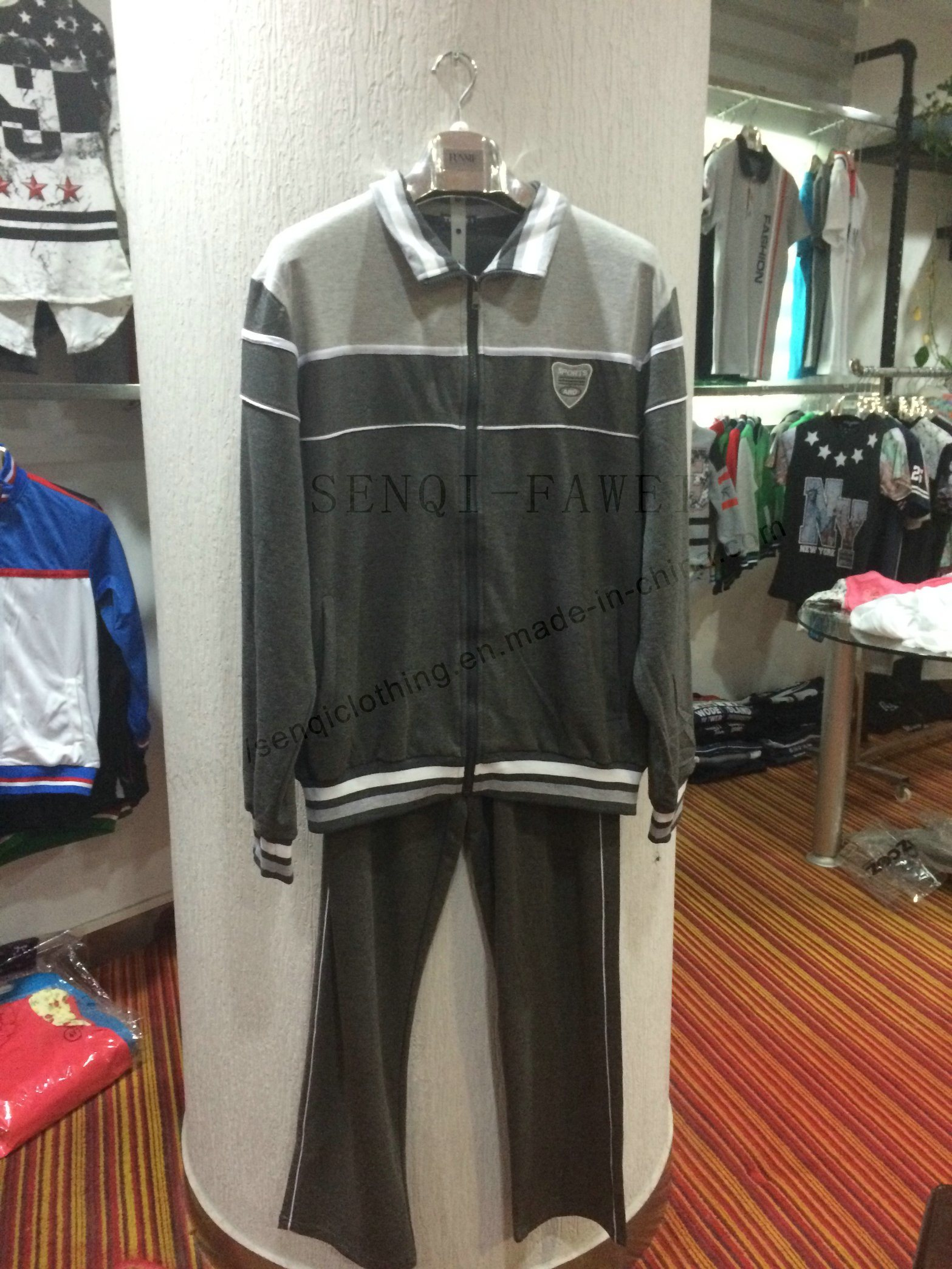 Man Grey Strip Sport Wear Suits in Man Leisure Family Clothes Fw-8818