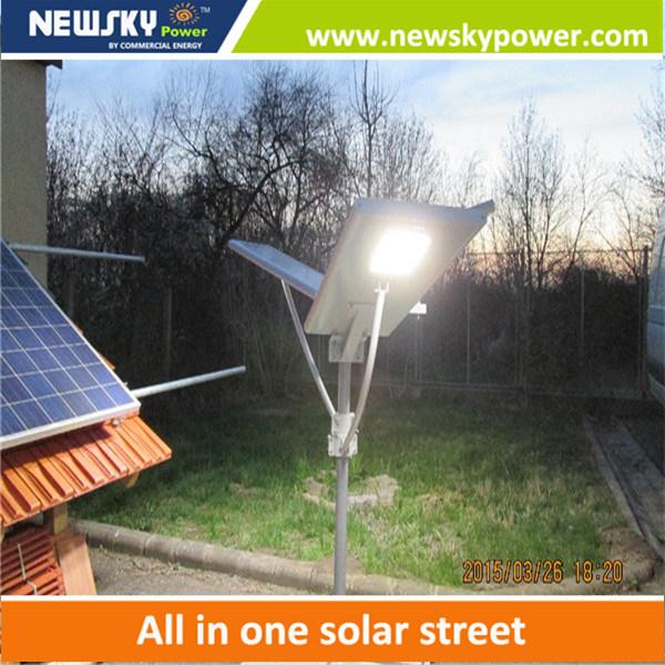 2016 New Design 60W Solar Street Light