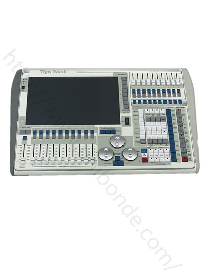 DMX Controller Avolites Tiger Touch Titan Lighting Console